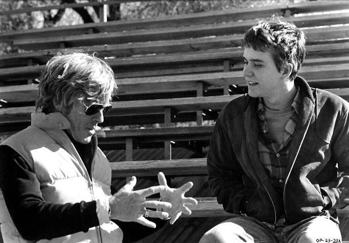 Robert Redford directing Timothy Hutton in Ordinary People (1980)